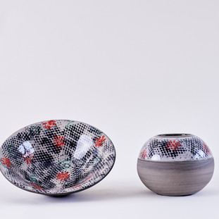 Pixel Collection Vase and Platter