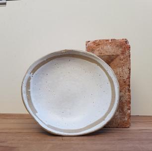 Orbit Plate White Speckled