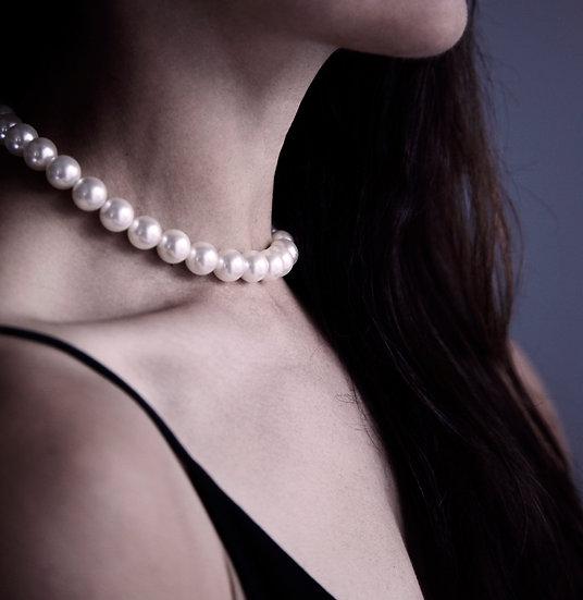 Classic Glossy Choker Shell Pearl No 12