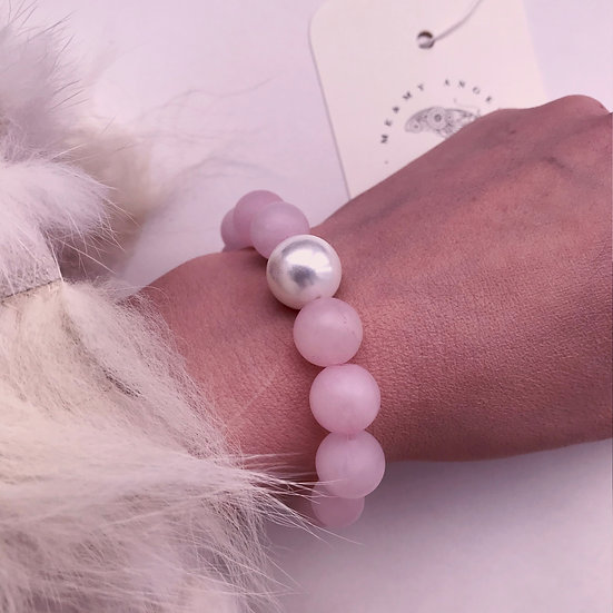 Ice Cold Shampagne Bracelet with Natural Pearl