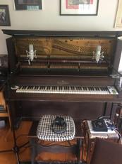 Recording upright 2