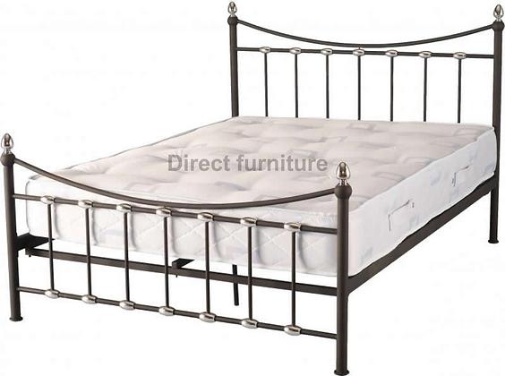 "Dunbar 4'6"" Bed"