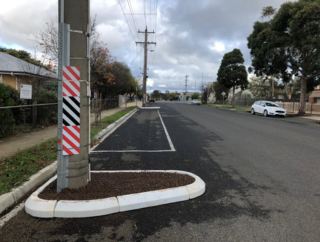 power pole rubber kerb- traffic calming