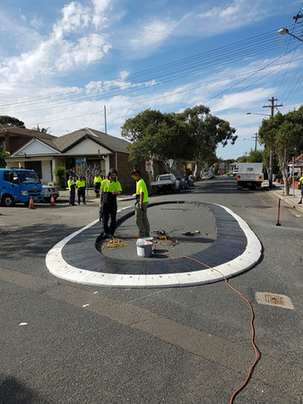 oval rubber roundabout traffic calming a