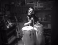 Pete Wise- Percusiion, Vox