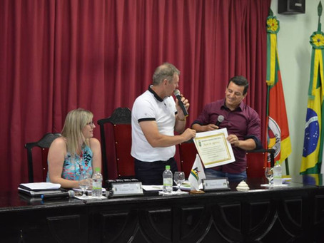 Câmara de Vereadores homenageia o site Portela Online