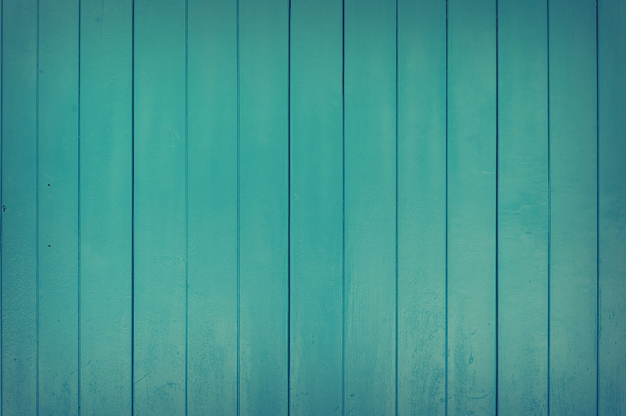 blue green wall.jpeg