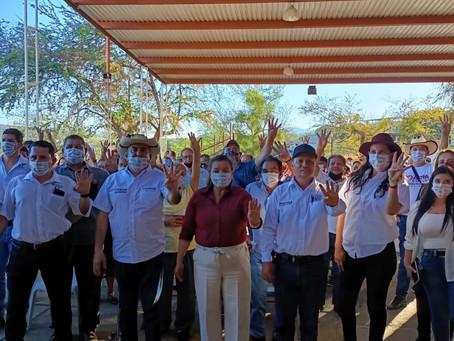 Habitantes de Pedernales se suman a la candidatura por la diputación federal de María Chávez