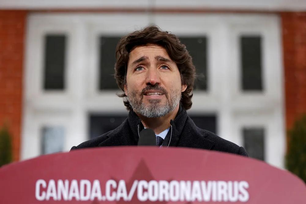"""""""No es momento de viajar"""": Canadá suspende vuelos a México y el Caribe hasta Abril"""
