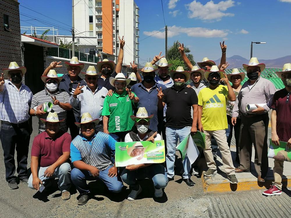 Frente de Transportistas respaldan proyecto de Salvador Arvizu para la diputación del Dto. Xl