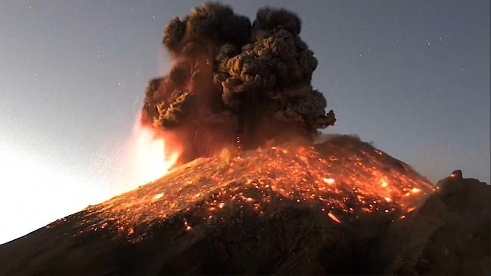 ¡Lo que nos faltaba! El Popocatépetl hace erupción (+Video)