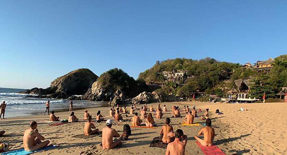Festival Nudista 2021 de Zipolite NO se cancela, pese a pandemia