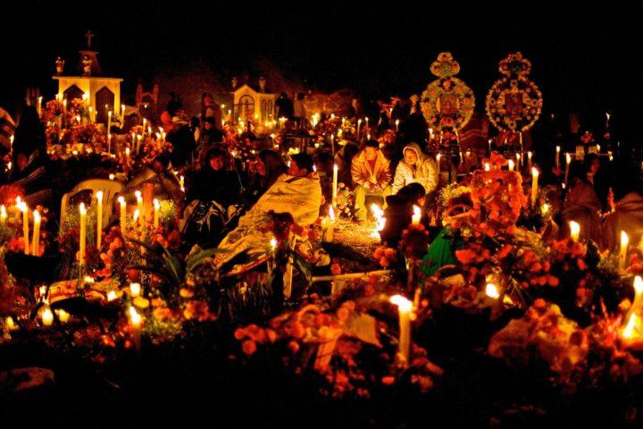 Noche de muertos en Michoacán