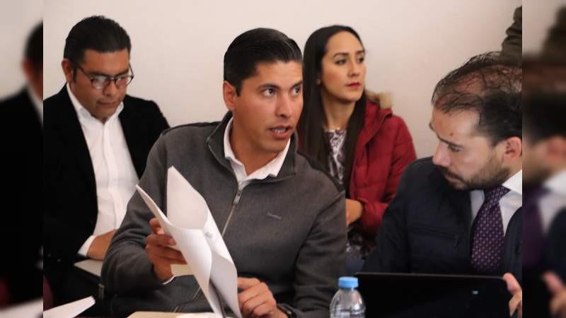 Javier Paredes en desacuerdo con las cien plazas nuevas para el Stasple