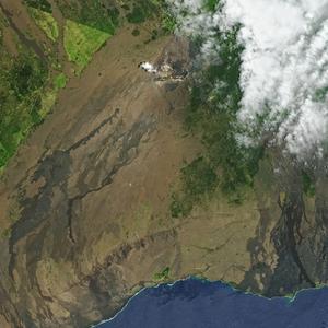 LA NASA PUBLICA IMÁGENES DE LA APARICIÓN DE UN NUEVO VOLCÁN EN HAWÁI
