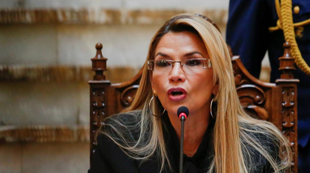 Bolivia expulsa a 2 diplomáticos españoles y da plazo de 72 hrs a la embajadora de México