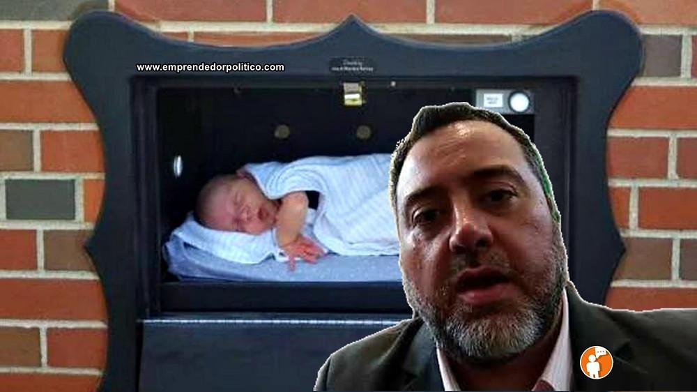 Armando Tonatiuh González Case