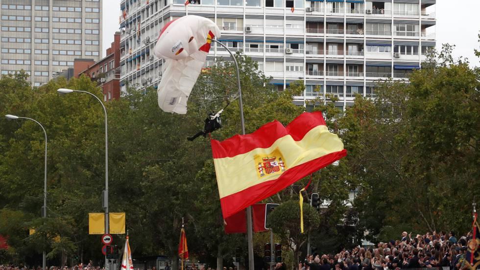 Cataluña: la bandera en la farola | Plumaje de Emprendedorpolitico.com