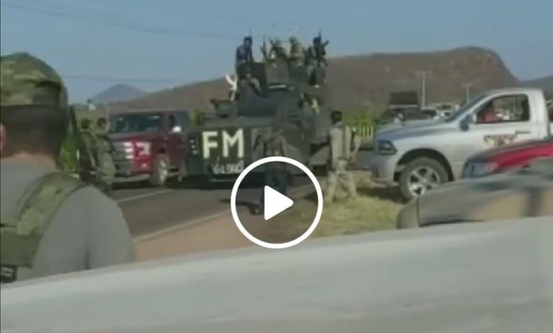 Captan sicarios fuertemente armados en carreteras michoacanas (+Video)