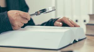 Gobierno busca que contadores y asesores revelen al SAT tus planes fiscales