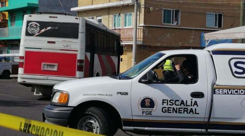 #Morelia: Motociclista muere atropellado por camión de pasajeros