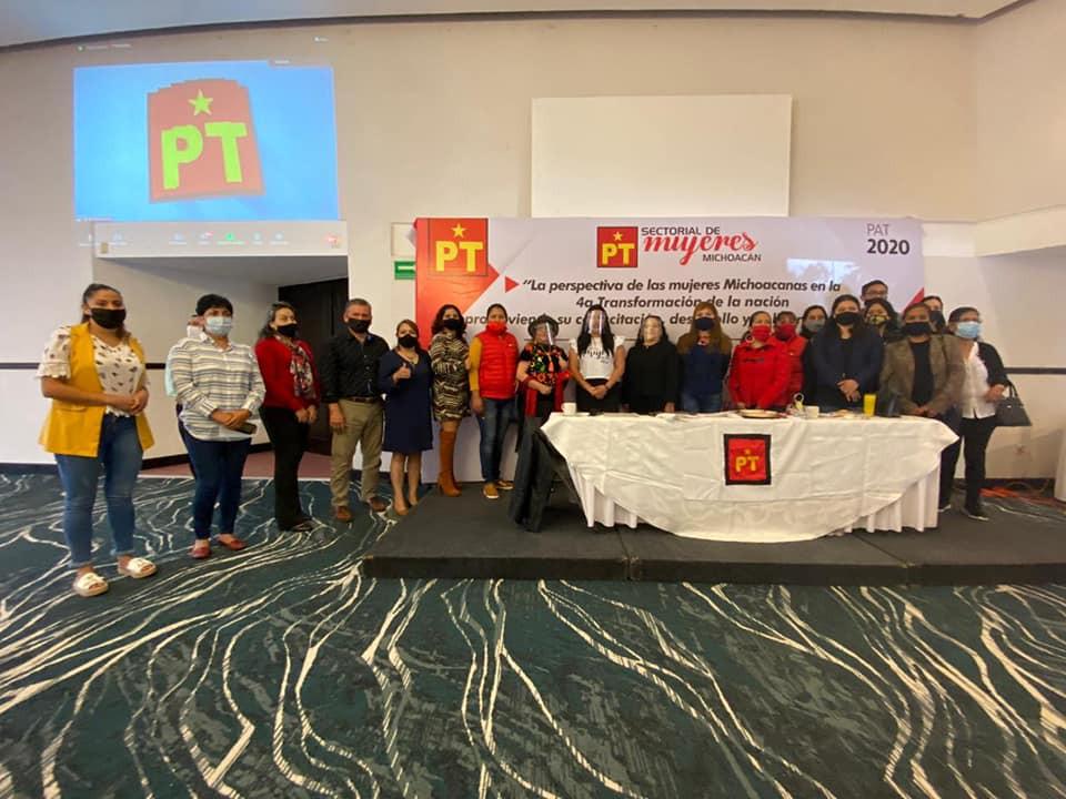 Regidora Lupita Alcaraz resalta la capacitación del PT para generar perspectiva política con género