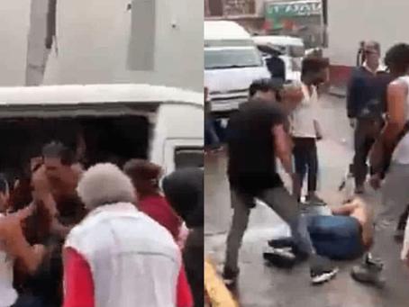 """México: """"¡Déjenme. Ya estuvo!"""" Presunto asaltante de combi llora y suplica perdón a pasajeros -Video"""