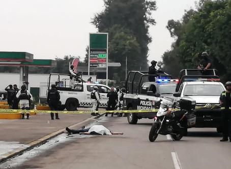 #Uruapan: A balazos privan de la vida a varón a plena luz del día