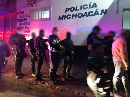 Michoacán: A barandillas 15 personas por violentar la Nueva Convivencia