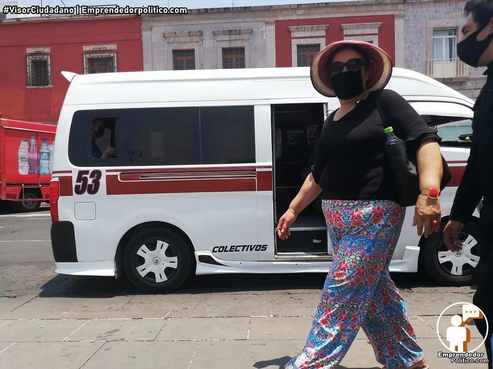 Salvador Arvizu plantea que no haya más publicidad en el transporte público