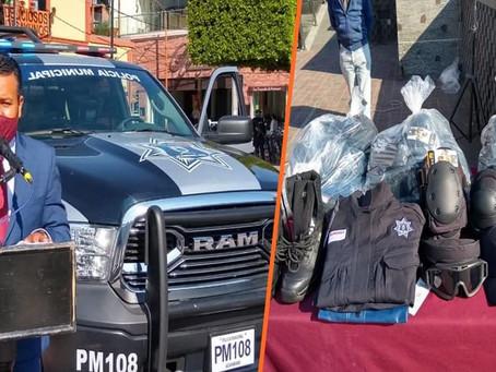 Gobierno de Acámbaro entrega equipo táctico a elementos policiacos
