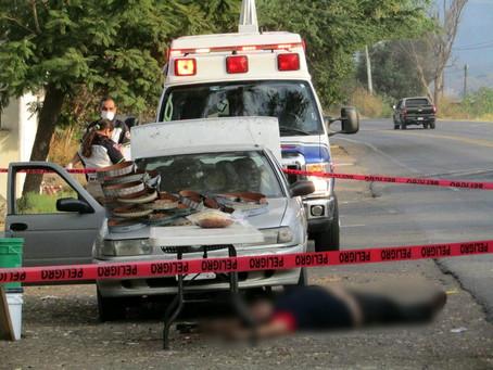 #Michoacán: Ejecutan a balazos a vendedor de cintos