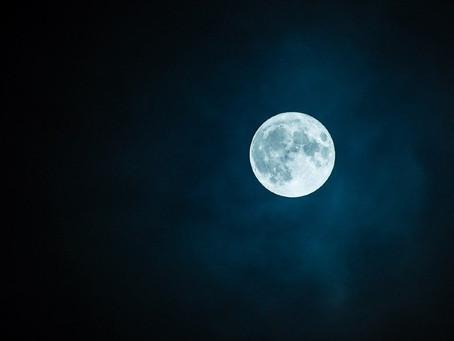 Cómo ver hoy y mañana la 'luna de gusano', la primera superluna del año