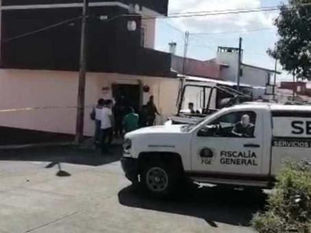"""En Uruapan, localizan dos jóvenes mujeres asesinadas a golpes; antes estaban con """"amigos"""""""