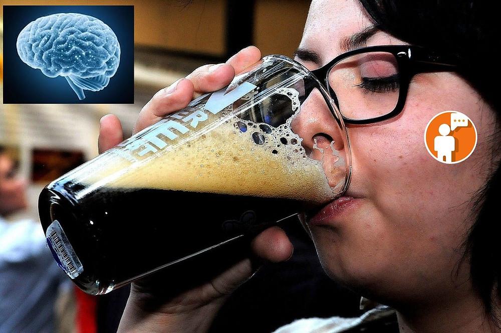 Alcohol reduce crecimiento del cerebro en jóvenes