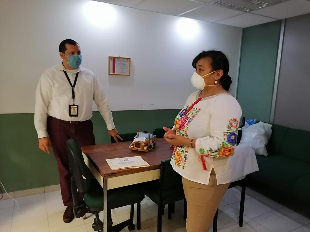 Diputada María Chávez gestiona pliegos petitorios de personal médico para enfrentar el COVID-19