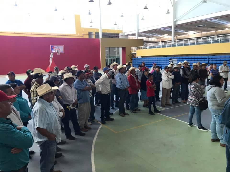 #Acámbaro: Se apoya a productores con aspersoras pulverizadoras.