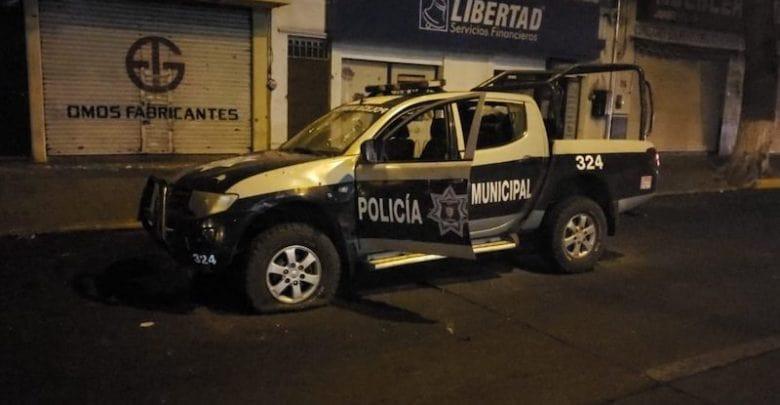 Decenas de criminales atacan a policías en Zamora; hay 3 agentes muertos