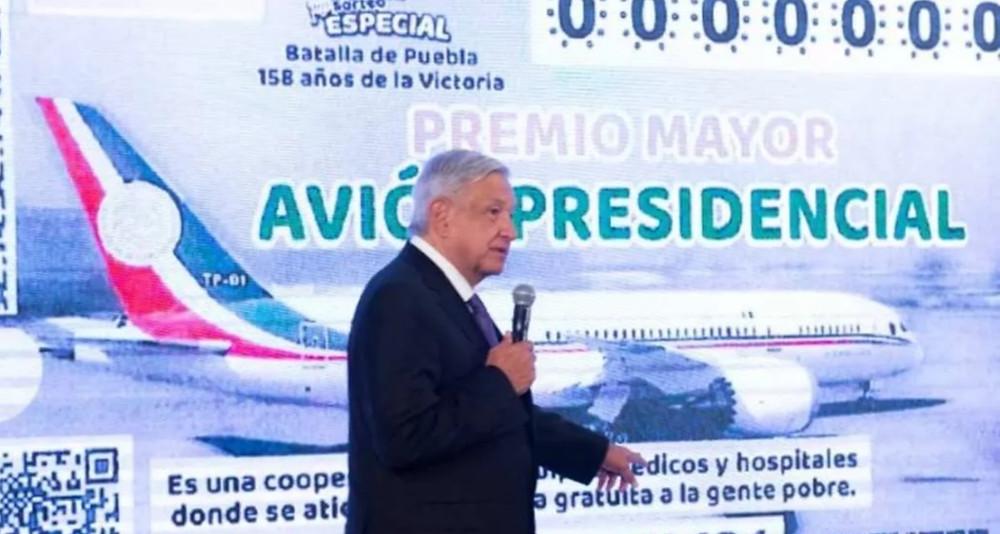 López Obrador confirma una rifa por el avión presidencial, pero la aeronave seguirá en venta