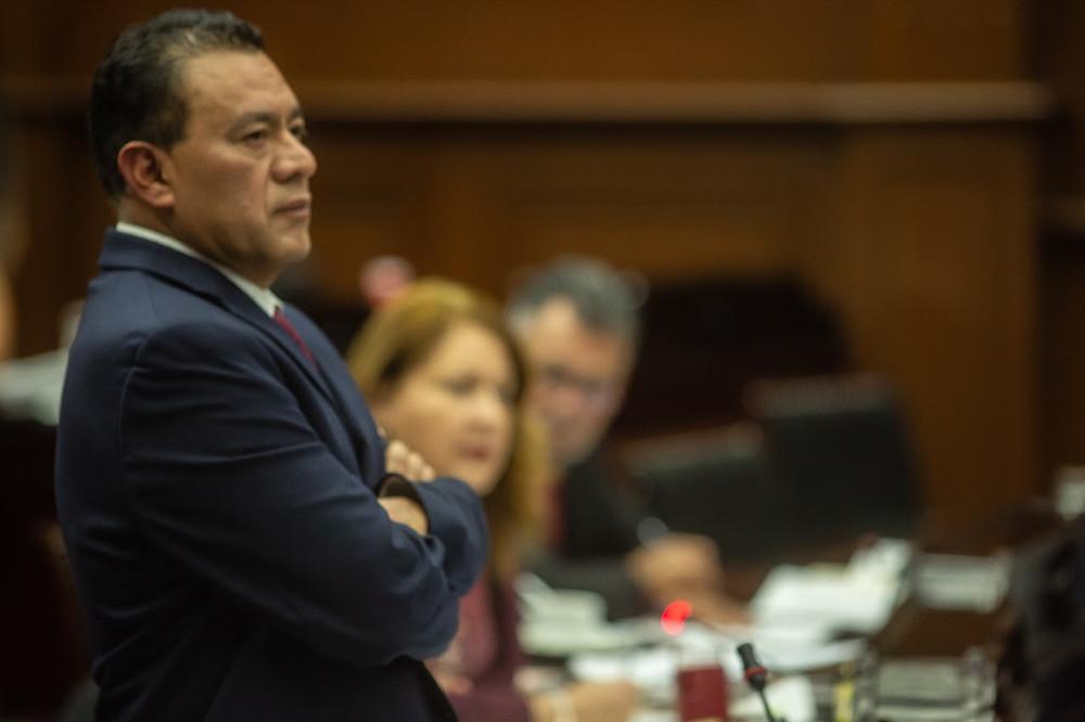 Buscará Fermín Bernabé vías legales contra deuda e impuestos de 2020