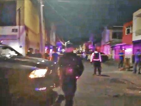 Ahora matan a una mujer en la Colonia Félix Ireta de #Morelia; recibió más de 4 disparos