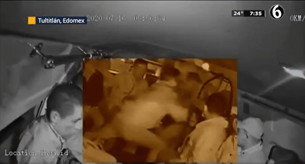 En asalto en combi, matan a joven usuario que se opuso (+Video)