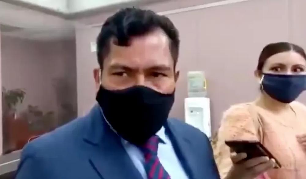 #PasaEnMéxico: Diputado morenista tiene a su hijo en nómina del Congreso por que es normal