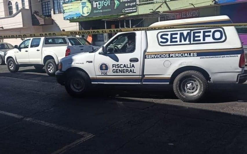 #Morelia: Fallece mujer dentro de camioneta en la colonia Felicitas del Río