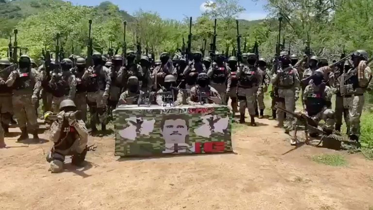 """Supuesto """"Mencho"""" y su ejército anuncia que va a tomar Tepalcatepec, Michoacán (+Video)"""