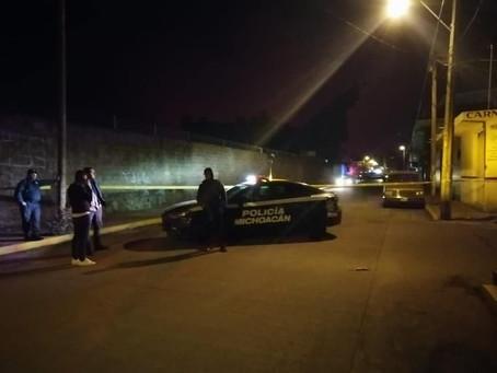 #Michoacán: Taxista es asesinado a balazos por unos pasajeros