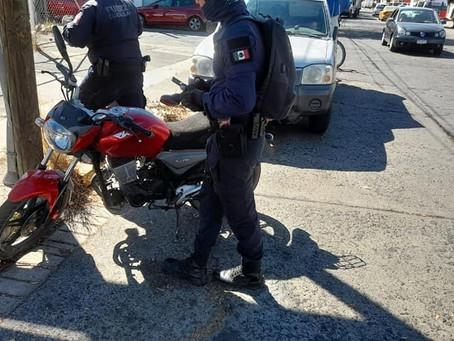 Moreliano justiciero, atropella a dos presuntos asaltantes