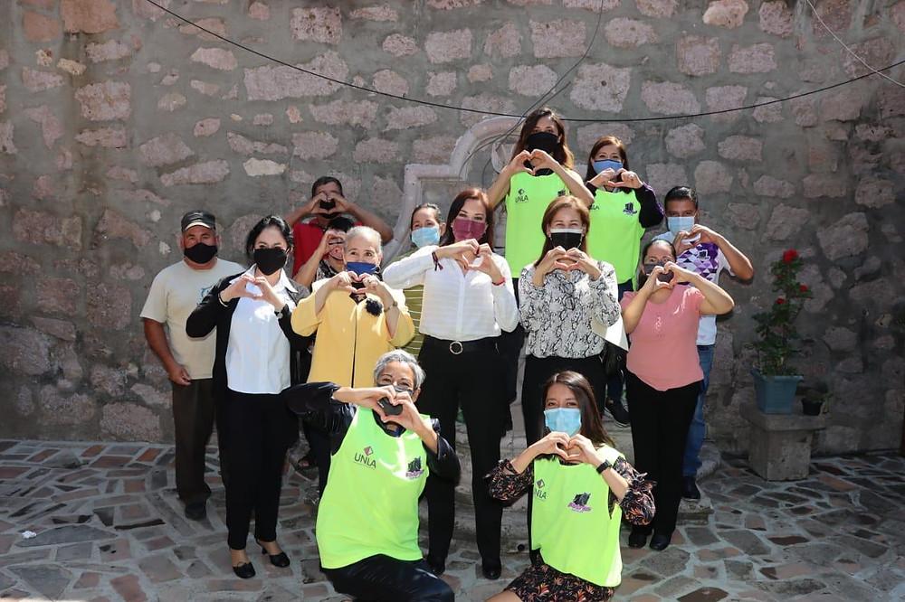 Servicio Social UNLA entrega apoyos al albergue María Salud