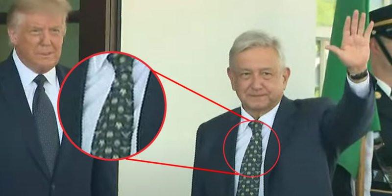 Simbología: AMLO usa corbata estampada con el Águila Juárista