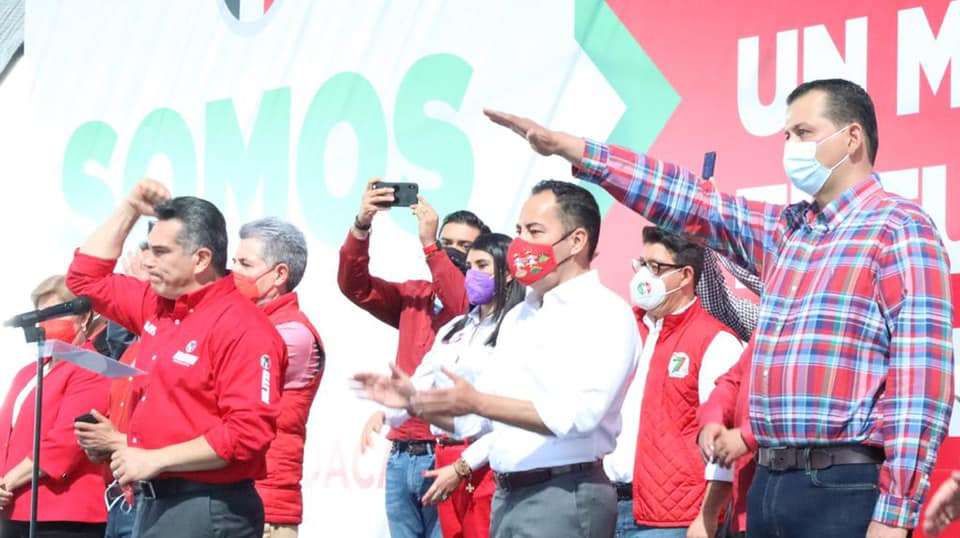 Memo Valencia toma protesta como candidato del PRI para la alcaldía de Morelia